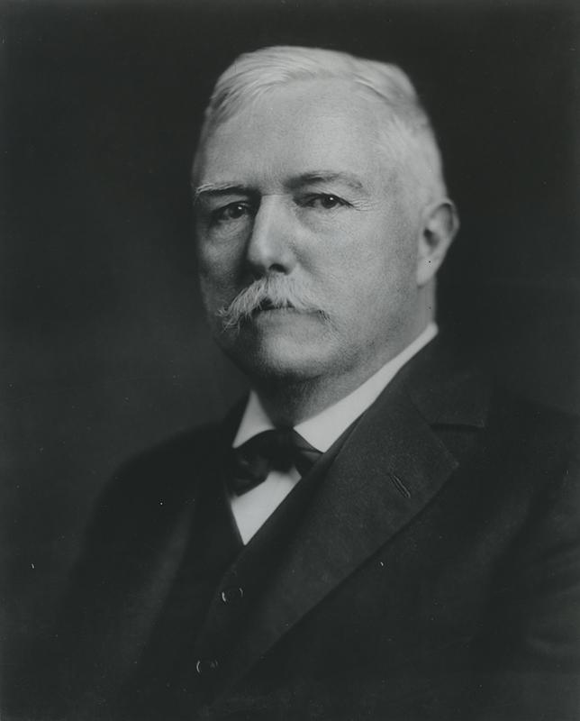 [Portrait of E.E. Barnard, circa 1900]