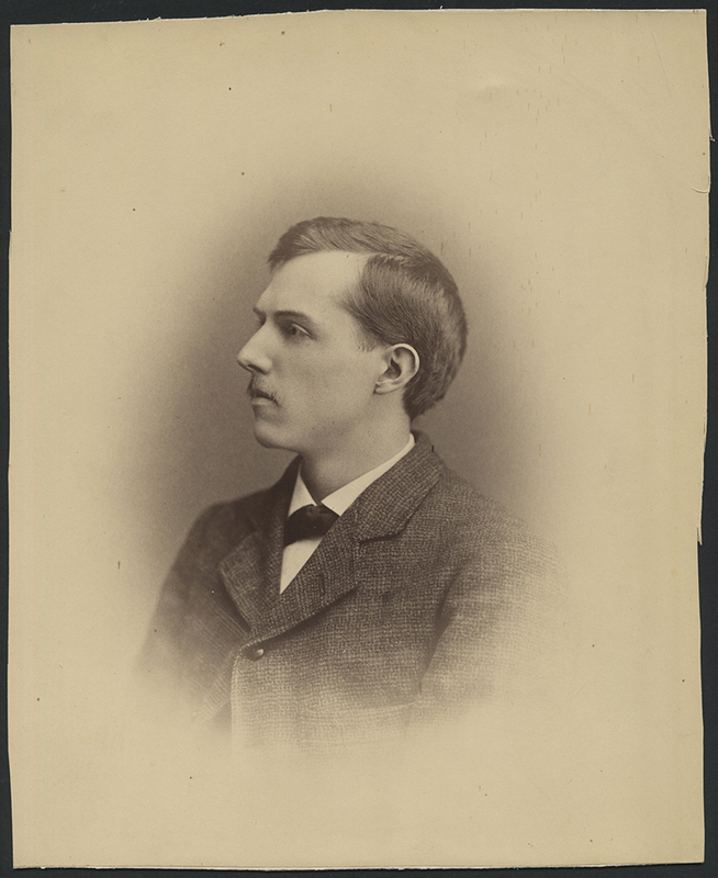 http://libexh.library.vanderbilt.edu/impomeka/solar-eclipse/MSS0031-BOX43-Barnard-portrait-photo.jpg
