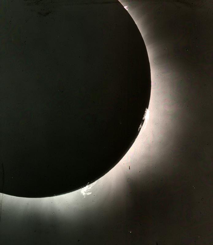 http://libexh.library.vanderbilt.edu/impomeka/2015-exhibit/MS0031-SolarEclipse-slide11.jpg