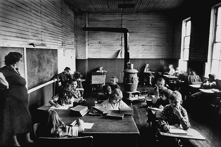 http://libexh.library.vanderbilt.edu/impomeka/2015-exhibit/MS0774-Classroom_stove-1968.jpg