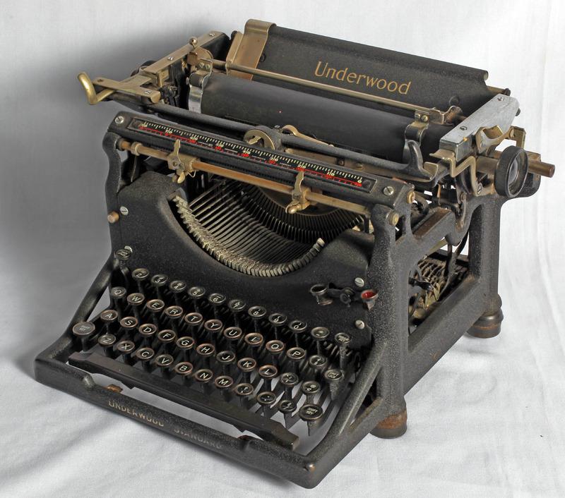 SportsWriters_Typewriter_1.JPG