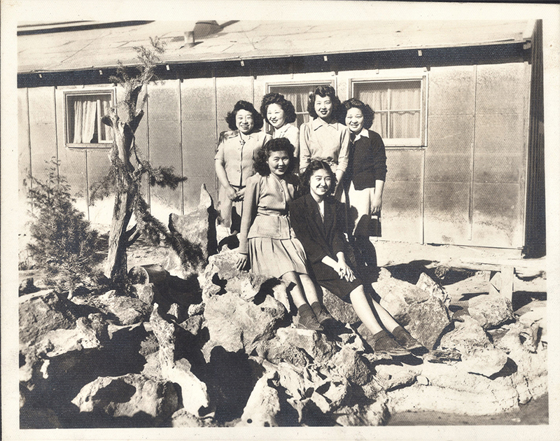 [Miyagawa Sisters and Friends at Topaz, Utah]