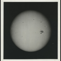 http://libexh.library.vanderbilt.edu/impomeka/solar-eclipse/MSS0031-BOX43-1917-The_Sun-photo.jpg
