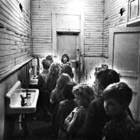 [Children in Hallway]